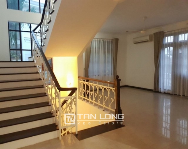 Luxurious villa for rent in C7 Ciputra, Tay Ho district for rent 4