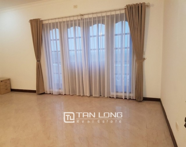 Luxurious villa for rent in C7 Ciputra, Tay Ho district for rent 8