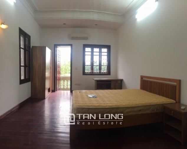 Luxurious villa for rent in Dang Thai Mai, Tay Ho distr., Hanoi 1