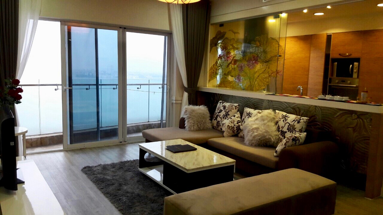 Luxury apartment for rent in Golden Westlake!