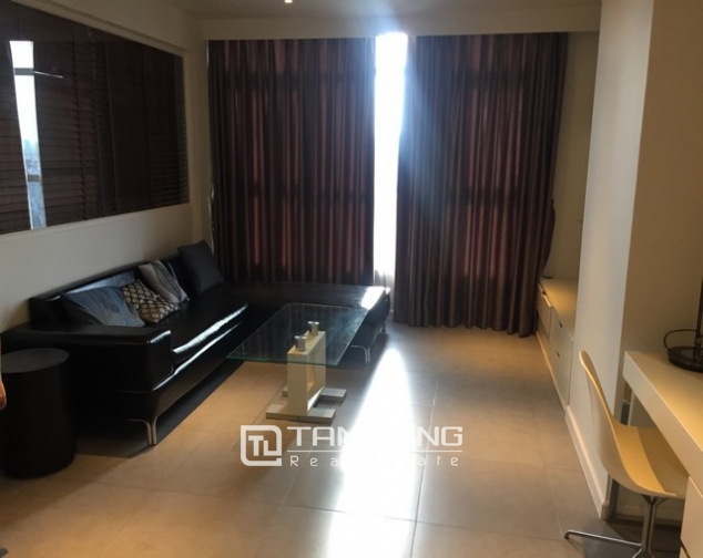 Luxury apartment in Watermark in Tay Ho dist for lease in Hanoi 1