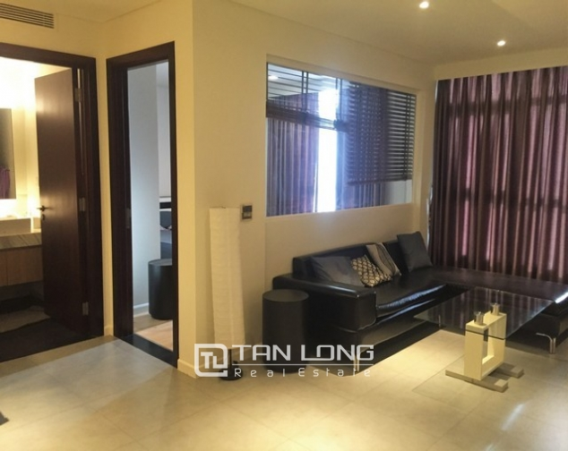 Luxury apartment in Watermark in Tay Ho dist for lease in Hanoi 2