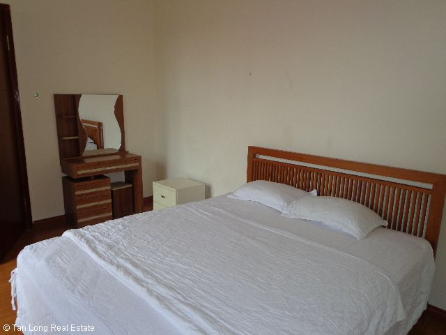 Luxury apartment rental in Xuan Dieu, Tay Ho district, Hanoi 7