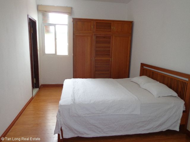 Luxury apartment rental in Xuan Dieu, Tay Ho district, Hanoi 3