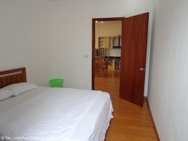 Luxury apartment rental in Xuan Dieu, Tay Ho district, Hanoi 4