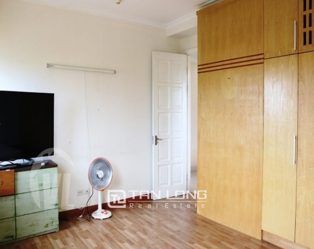 Luxury apartment super nice in the international Ciputra urban area, Tay Ho district, Hanoi for rent 3