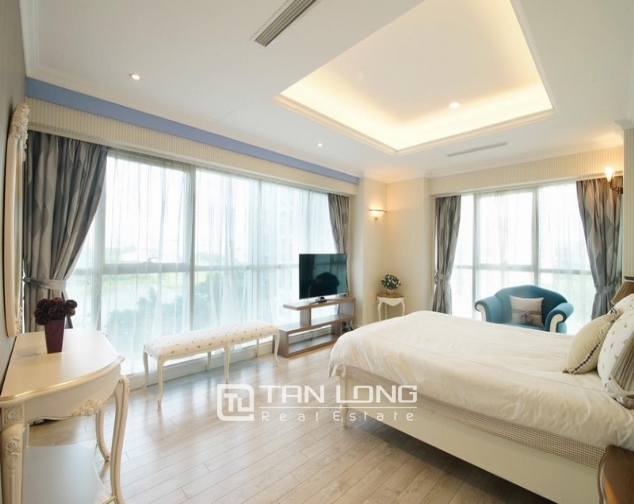 Luxury apartment super nice in the international Ciputra urban area, Tay Ho district, Hanoi for rent 4