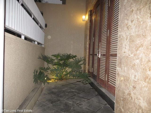 Luxury fully furnished 5 bedroom villa to rent on Tran Binh street, My Dinh, Nam Tu Liem district, Hanoi 3