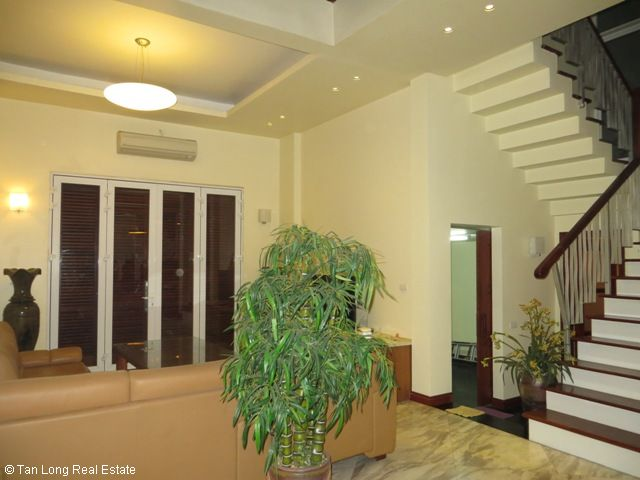 Luxury fully furnished 5 bedroom villa to rent on Tran Binh street, My Dinh, Nam Tu Liem district, Hanoi 10