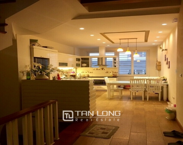 Luxury house in Lac Long Quan Street, Tay Ho district, Hanoi for rent 1