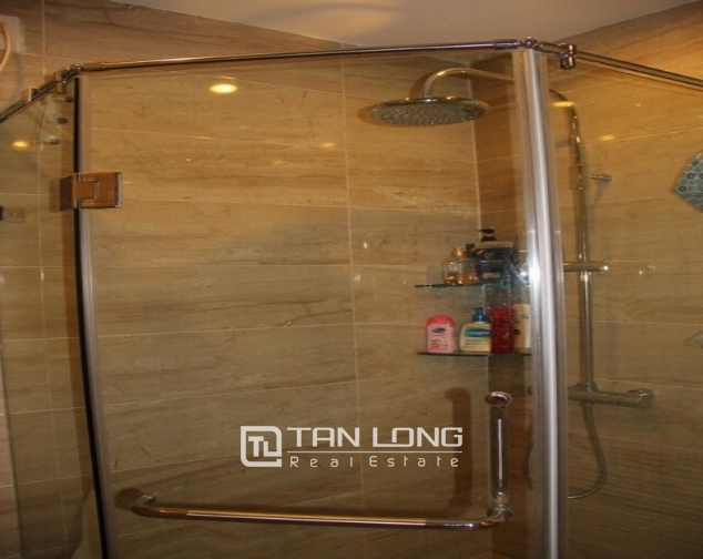 Luxury house in Lac Long Quan Street, Tay Ho district, Hanoi for rent 2