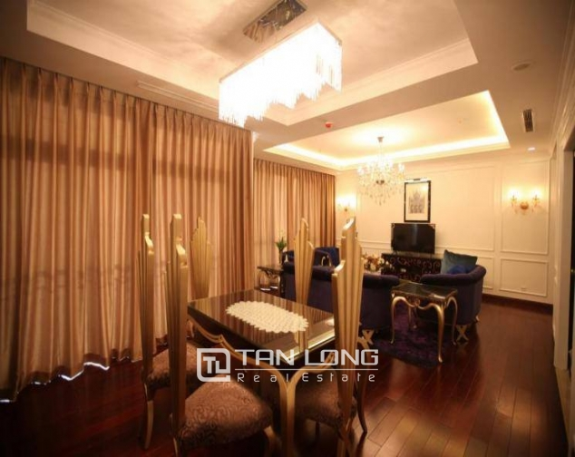 Luxury royal style three bedroom apartment for rent in Royal City, Nguyen Trai str., Thanh Xuan dist., Hanoi 1