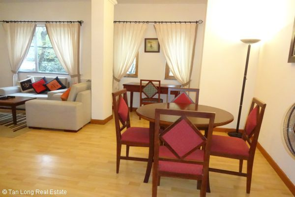 Luxury serviced apartment rental near Opera House Hoan Kiem district 4