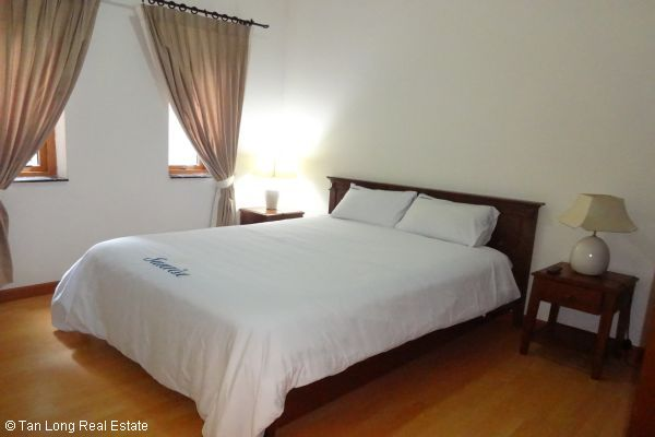 Luxury serviced apartment rental near Opera House Hoan Kiem district 8