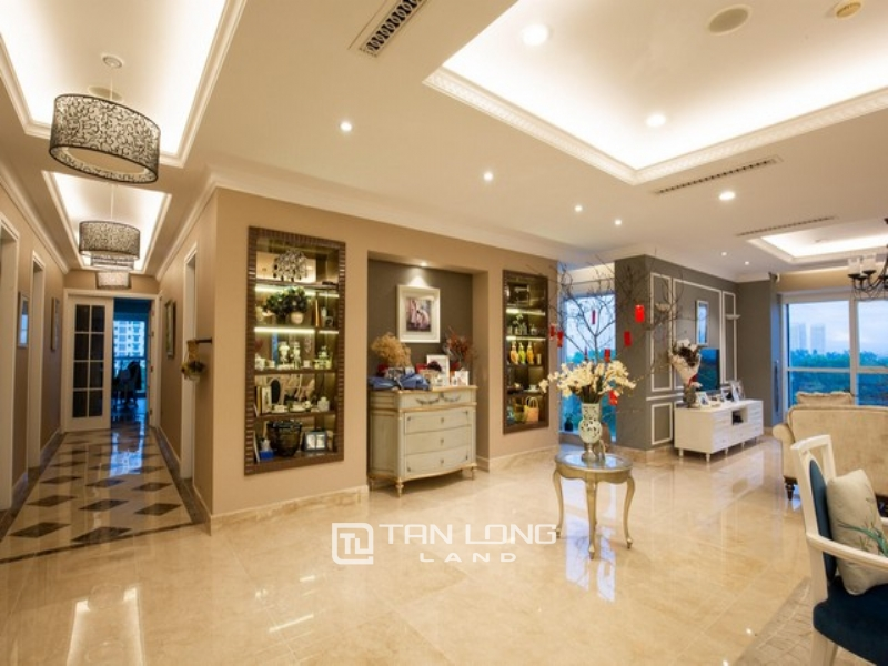 Magnificent and Golfview 4 bedroom apartment in L1 tower The Link Ciputra near Golf club 1