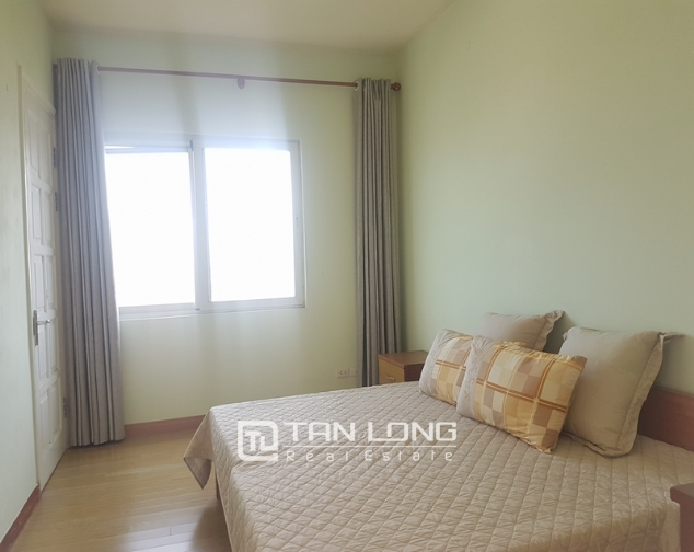 Majestic 3 bedroom apartment for rent in E5 building, ciputra urban area. 8