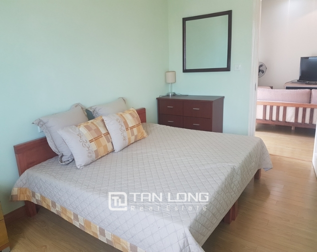 Majestic 3 bedroom apartment for rent in E5 building, ciputra urban area. 9