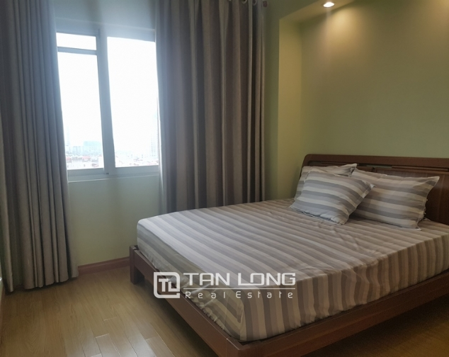 Majestic 3 bedroom apartment for rent in E5 building, ciputra urban area. 10