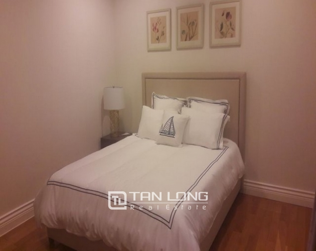 Majestic apartment in Hoang Thanh Tower, Hai Ba Trung  district, Hanoi for rent 4