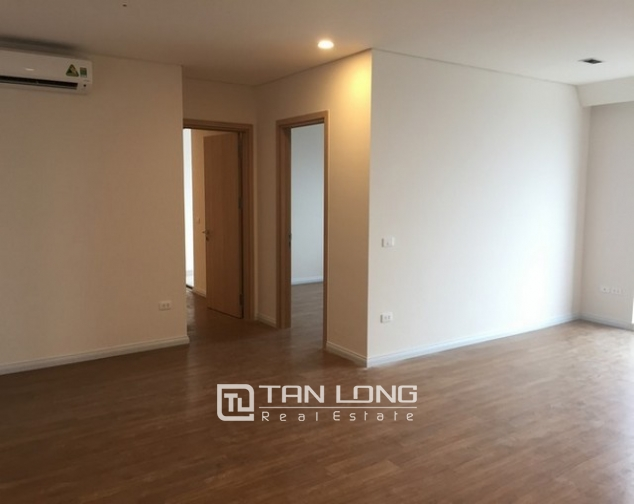 Majestic apartment  in Mipec Riverside, Long Bien district, Hanoi for rent 4