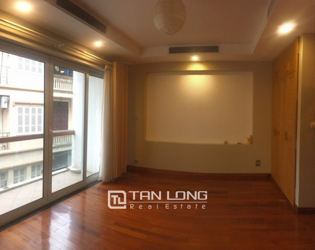 Majestic house in Xuan Dieu street, Tay Ho dist, Hanoi for lease 9