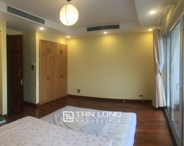 Majestic house in Xuan Dieu street, Tay Ho dist, Hanoi for lease 2
