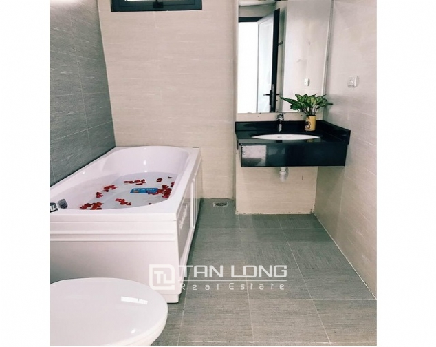 Majestic serviced apartment in Do Duc Duc street, My Dinh, Nam Tu Liem district, Hanoi for rent 5