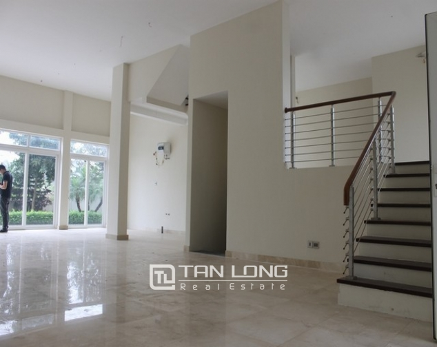 Majestic villa for rent in Ciputra, Tay Ho district for rent 4