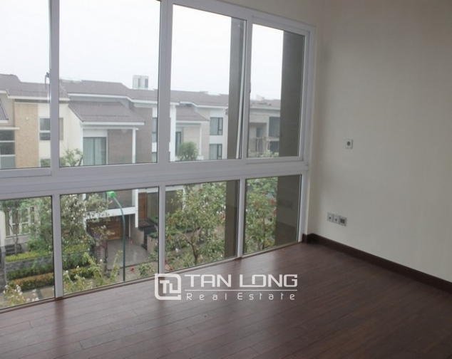 Majestic villa for rent in Ciputra, Tay Ho district for rent 9
