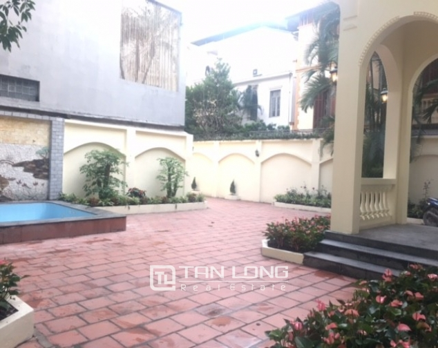 Majestic villas in To Ngoc Van street, Tay Ho dist for lease 5