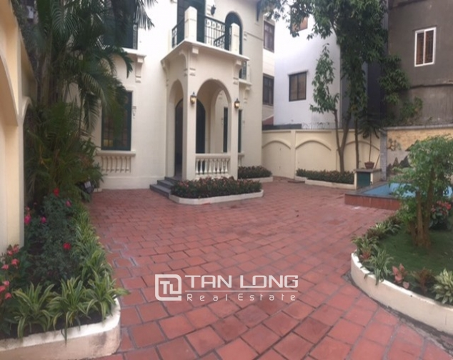 Majestic villas in To Ngoc Van street, Tay Ho dist for lease 6
