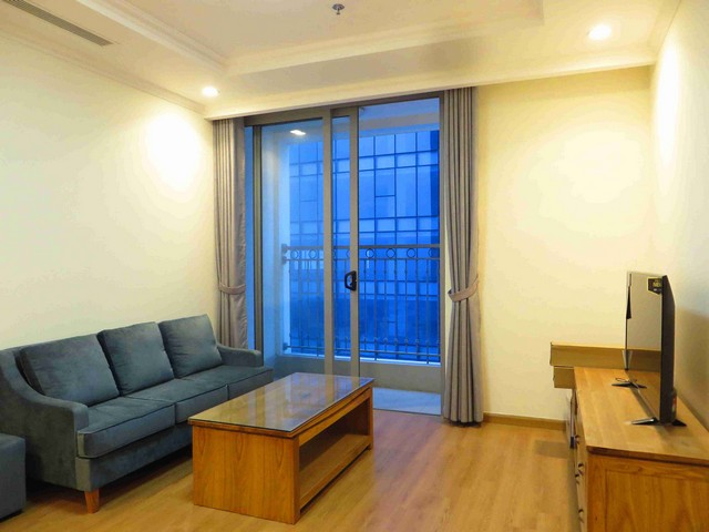 Majestic Vinhome Nguyen Chi Thanh apartment in Dong Da dist, hanoi for lease