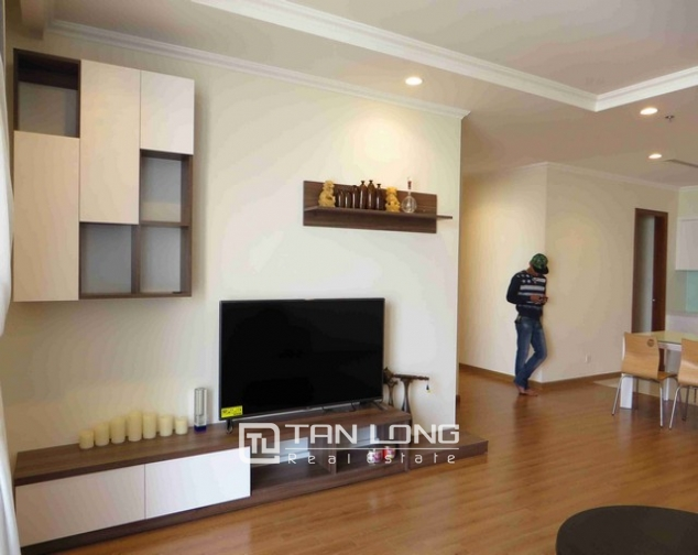 Majestic Vinhome Nguyen Chi Thanh condominium, Dong Da dist, Ha noi for lease 4