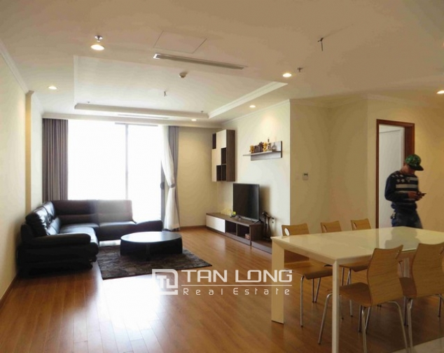 Majestic Vinhome Nguyen Chi Thanh condominium, Dong Da dist, Ha noi for lease 6