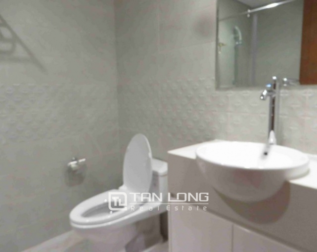 Majestic Vinhomes 54 Nguyen Chi Thanh condominium, Dong Da dist , Hanoi for lease 2