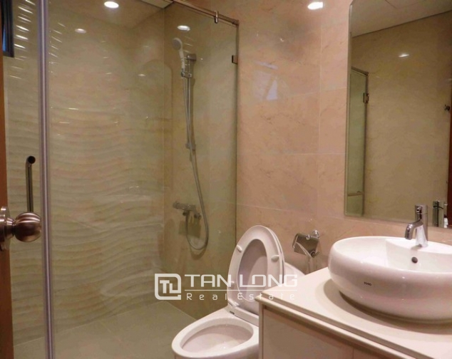 Majestic Vinhomes 54 Nguyen Chi Thanh condominium, Dong Da dist , Hanoi for lease 4