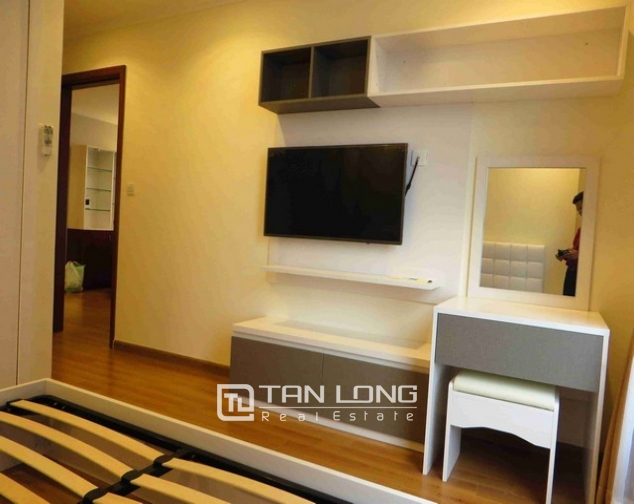 Majestic Vinhomes 54 Nguyen Chi Thanh condominium, Dong Da dist , Hanoi for lease 7