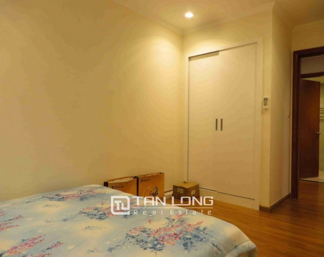 Majestic Vinhomes 54 Nguyen Chi Thanh condominium, Dong Da dist , Hanoi for lease 9
