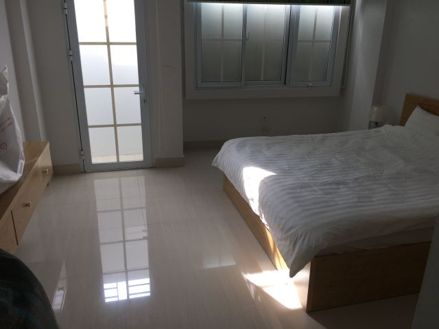 Modern 2 bedrooms serviced apartment for lease in Yet Kieu, Hoan Kiem district
