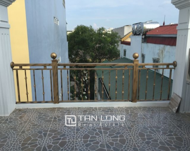 Modern 2 bedrooms serviced apartment for lease in Yet Kieu, Hoan Kiem district 10