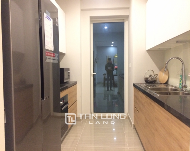 Modern 3 bedroom for rent in L4 The Link Ciputra 3