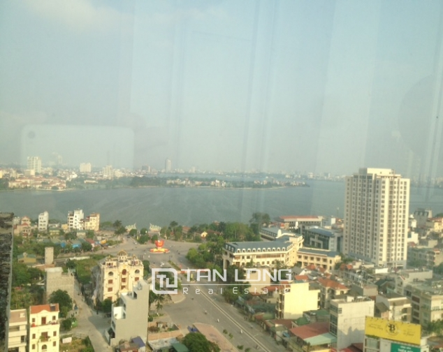 Modern 4 bedroom apartment in G3 Ciputra, airy view 9