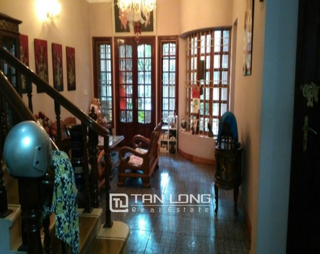 Modern 4 bedroom villa for rent in Cau Giay street, full of high-end furniture 10