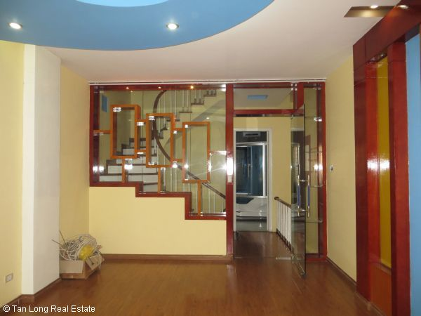 Modern 5-storey house for rent in Tran Duy Hung, Cau Giay dist, Hanoi 4