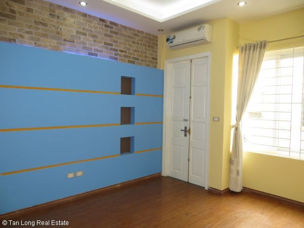 Modern 5-storey house for rent in Tran Duy Hung, Cau Giay dist, Hanoi 9