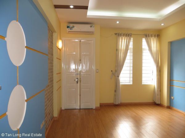 Modern 5-storey house for rent in Tran Duy Hung, Cau Giay dist, Hanoi 2