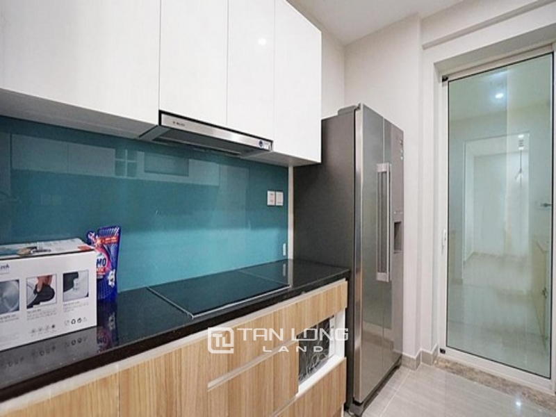 Modern and bright 03 bedroom apartment for rent in L3 tower The Link Ciputra Tay Ho 1
