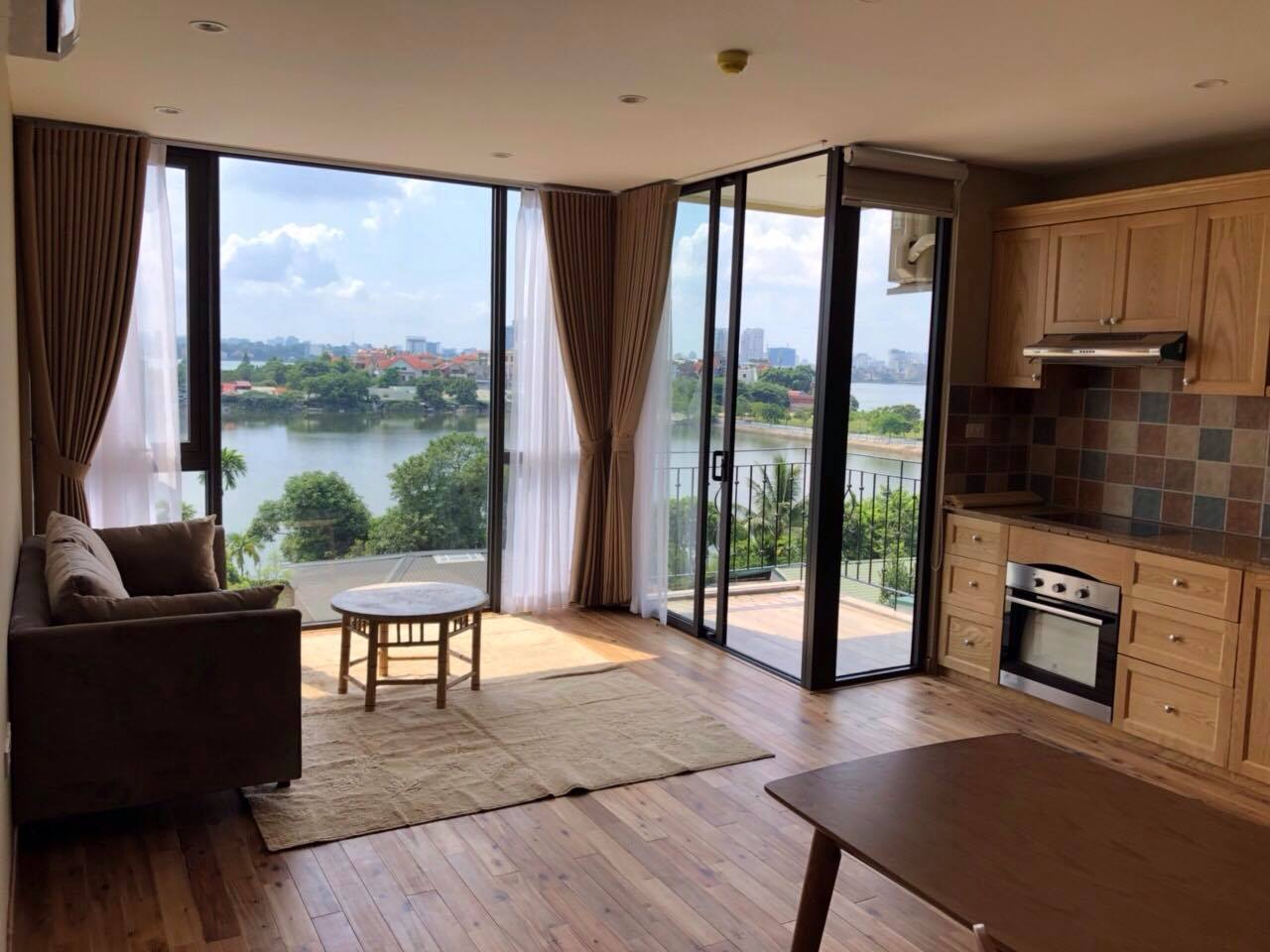 Modern and bright apartment for rent in Xom Chua, Dang Thai Mai street, Tay Ho distr