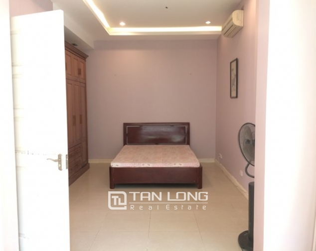 Modern and bright villa for rent with non furnished in T4, Ciputra 8