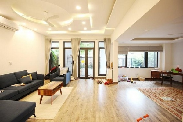 Modern and newly renovated 5 bedroom villa for rent in D3 Ciputra Tay Ho Ha Noi